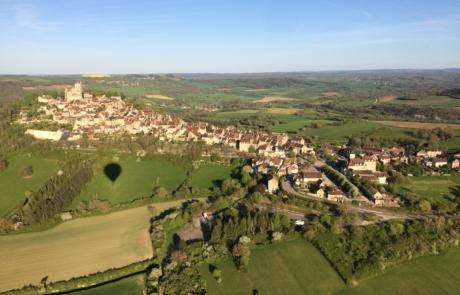 Paysage vol montgolfière